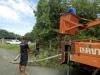 งานป้องกันฯได้ลงพื้นที่ตัดกิ่งไม้  บริเวณตลาดสดบ้านหมอ